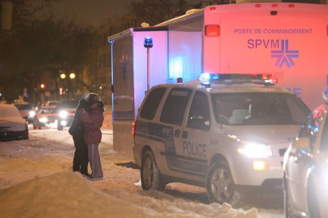 Deux corps ont été retrouvés dans un appartement... (Photo: Martin Chamberland, La Presse)