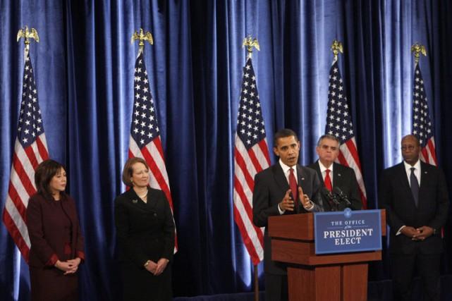 Le président élu Barack Obama a bouclé vendredi la composition de son futur... (Photo: Bloomberg)