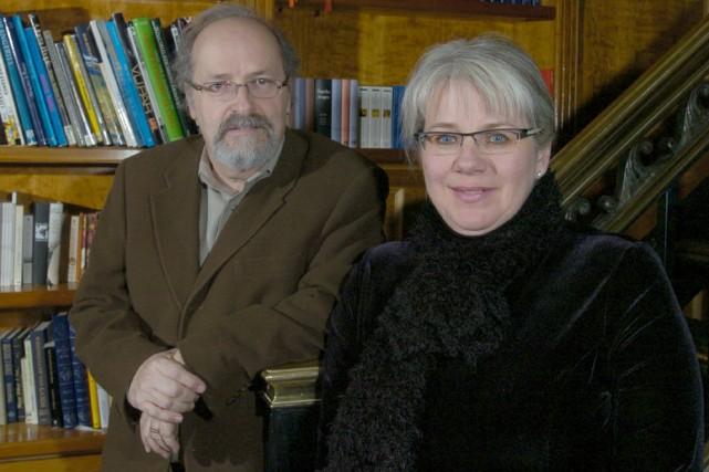Michel d'Astous et Anne Boyer, les auteurs de... (Photo: Pierre McCann, archives La Presse)