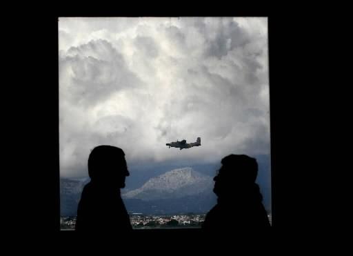 Un avion de la compagnie russe Aéroflot en route pour Moscou au départ... (Photo: AFP)