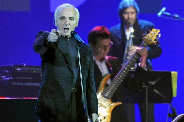 charles aznavour sera ambassadeur d 39 arm nie en suisse vie de stars. Black Bedroom Furniture Sets. Home Design Ideas