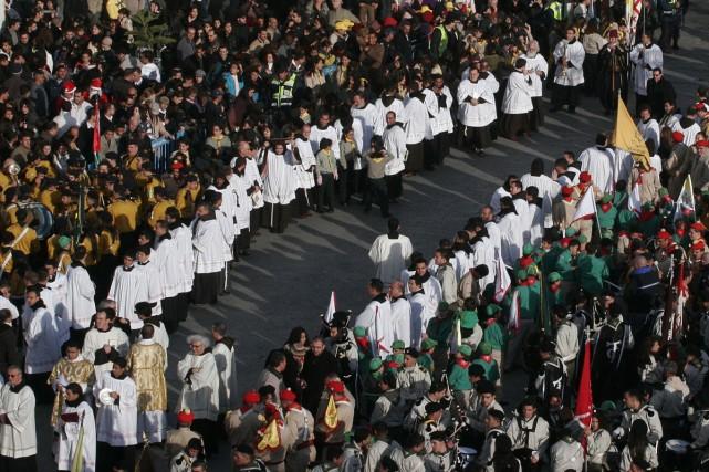Des milliers de chrétiens ont envahi mercredi les rues de Bethléem, bravant le... (Photo AP)
