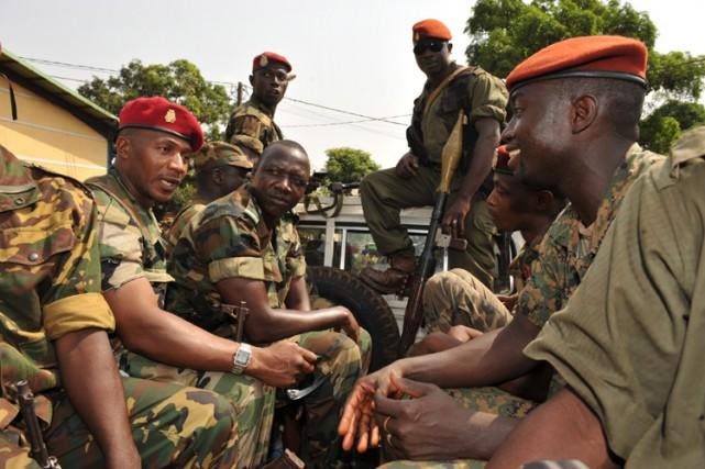 Le chef de la junte, le capitaine Moussa... (Photo: AFP)