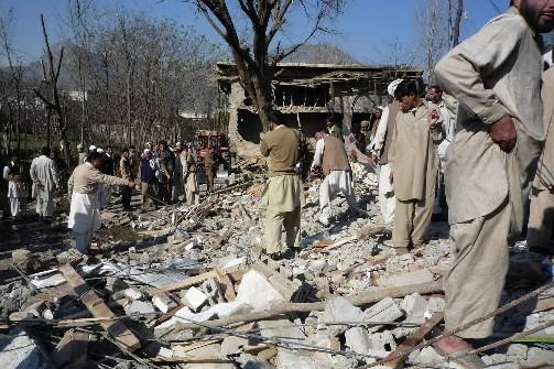 Trente-six personnes ont été tuées dimanche et 15 blessées dans un attentat à... (Photo: Reuters)