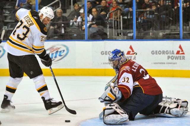 Michael Ryder a rompu l'égalité alors qu'il restait 6:04 à jouer et les Bruins... (Photo: AP)