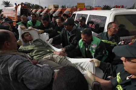 La situation dans les hôpitaux de Gaza se stabilise, selon la Croix-Rouge. La... (Photo: AP)