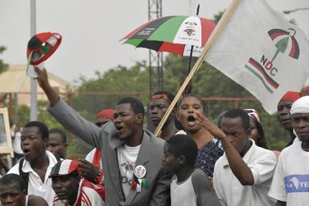 Des partisans du Congrès national démocratique (NDC) manifestent... (Photo: Reuters)