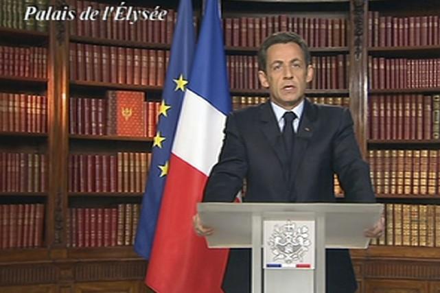 Le président Nicolas Sarkozy a prévenu mercredi les Français qu'après une... (Photo: Reuters)