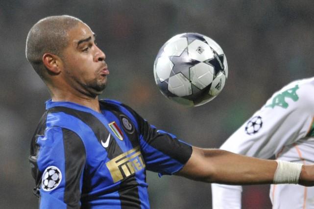 Adriano... (Photo: AFP)