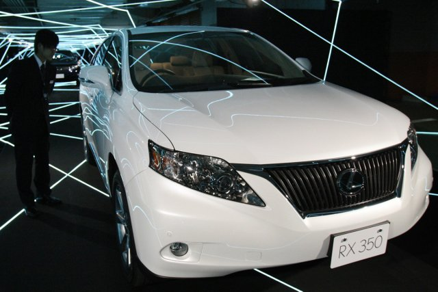 Le Lexus RX350 a été la cible d'un... (Photo: AP)