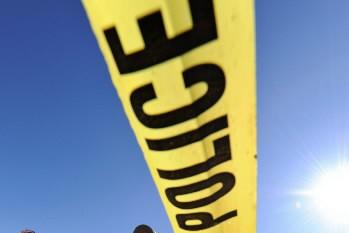 Les policiers ont arrêté trois personnes après qu'un homme eut été poignardé,... (Photo: AP)