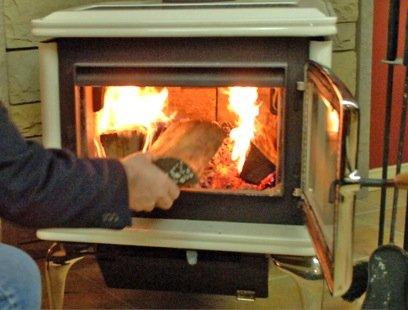 Pendant l'hiver, la combustion du bois de chauffage... (Photothèque La Presse)