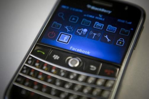 RIM a lancé une boutique d'applications en ligne pour son téléphone... (Photo: Bloomberg News)