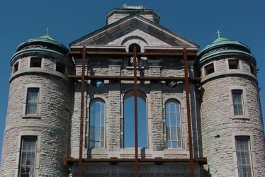 La façade de l'église Saint-Vincent-de-Paul.... (Photothèque Le Soleil)