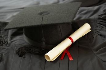 Les diplômés québécois et canadiens sont de plus en plus nombreux à rembourser... (Photo: Photothèque La Presse)
