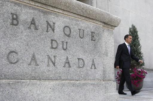 Même si le taux directeur n'est qu'à 0,50 pour cent au Canada, certains... (Photo: Reuters)