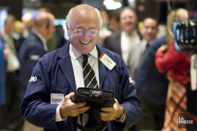 La Bourse de New York a battu un nouveau record historique mardi, son  indice... (PHOTO AP)