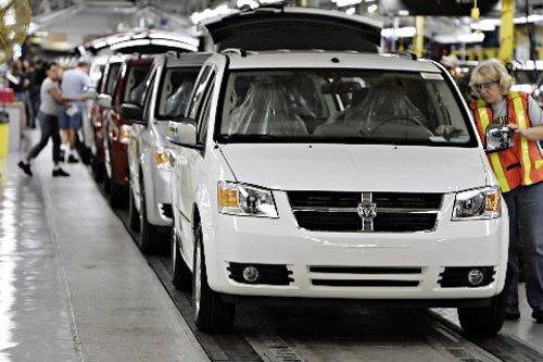 Les employés syndiqués canadiens du géant Chrysler, qui lutte pour échapper à... (Photo Bloomberg)