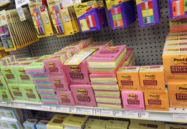 3M fabrique entre autres les notes autocollantes Post-It.... (Photo: Associated Press)