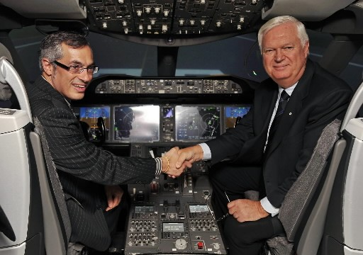 Tony Clement et Robert Brown, lors de la... (Photo: La Presse Canadienne)