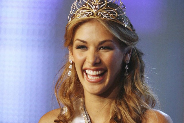 Miss Univers 2008, la Vénézuélienne Dayana Mendoza.... (Photo: Reuters)