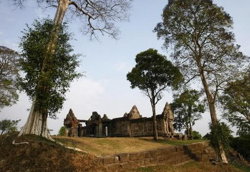 Le temps de Preah  Vihear, près duquel... (REUTERS/Chor Sokunthea)