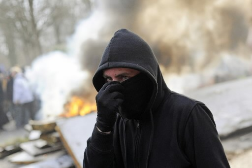 Un miliant à Strasbourg.... (AFP PHOTO SEBASTIEN BOZON)