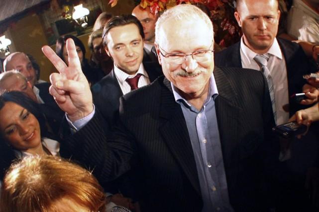 Le président slovaque Ivan Gasparovic, 68 ans, a été confortablement réélu dans... (Photo: Reuters)