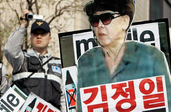 Les manifestants de Séoul d'hier ont vivement explimé... (Photo: Reuters)