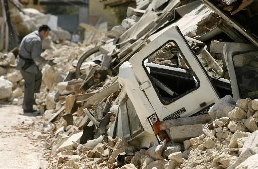 Des villes ont été complètement détruits dans le... (Photo: Reuters)