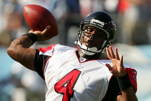 Byron Leftwich en 2007 avec les Falcons... (Photo:  AFP)