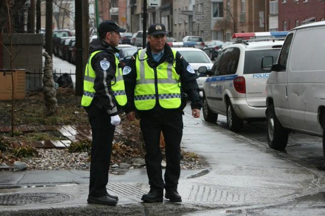 Les policiers montréalais ont abandonné les pantalons de... (Photo: Ivanoh Demers, La Presse)