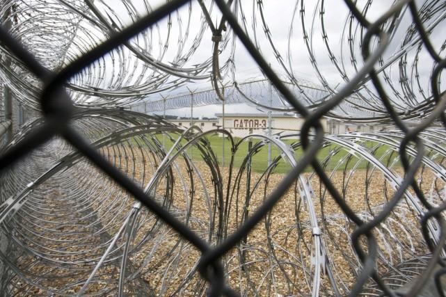 «À partir de quand une sentence de confinement solitaire en prison devient-elle... (Photo AP)