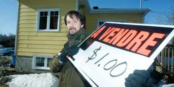 Duncan Gillis a mis sa résidence à vendre... (Photo Martin Roy, Le Droit)