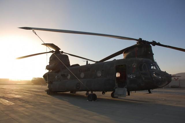 L'aérodrome de Kandahar, où sont basées les troupes canadiennes, s'attend à... (Archives La Presse Canadienne)