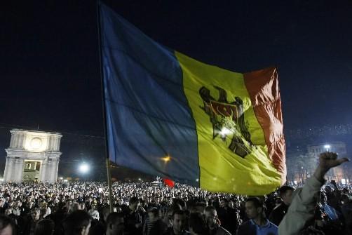Des manifestants à Chisinau... (Photo AFP)