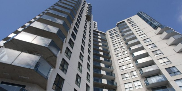 Tous les appartements du projet Le Rive Gouin ont une vue sur la rivière des... (Photo André Pichette, La Presse)