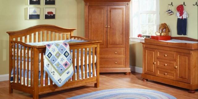 Une chambre qui grandit avec b b annie lafrance - Lit bebe bois naturel ...