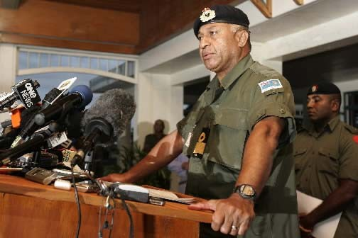 Frank Bainimarama avait déjà tenté de prendre le... (Photo AP/Rick Rycroft))