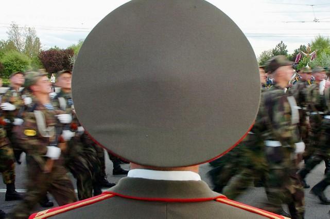 En 2005, des soldats transnistriens soulignaient le 60e... (Photo: Archives AP)