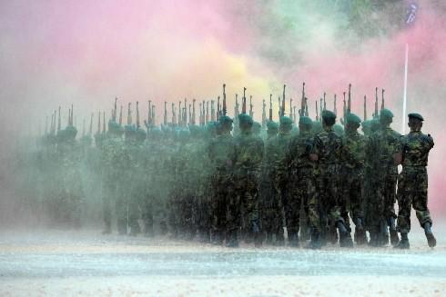Le président du Sri Lanka, Mahinda Rajapakse, a ordonné dimanche un... (Photo: AFP)