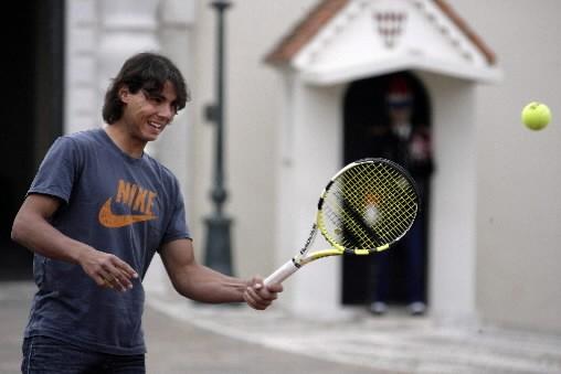 Nadal est comme chez lui à Monte-Carlo où il vise un cinquième titre de rang... (Photo: Reuters)