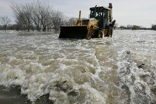 Les inondations se poursuivent au Manitoba.... (Photo John Woods, Presse Canadienne)