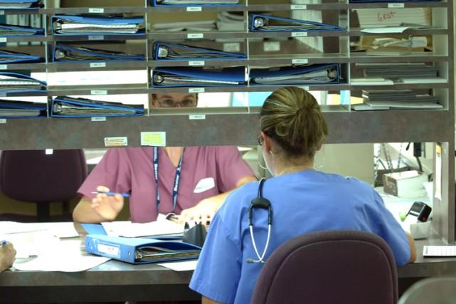 Le tiers du personnel infirmier travaillant dans les hôpitaux ou les centres... (Photo: Patrick Sanfaçon, La Presse)