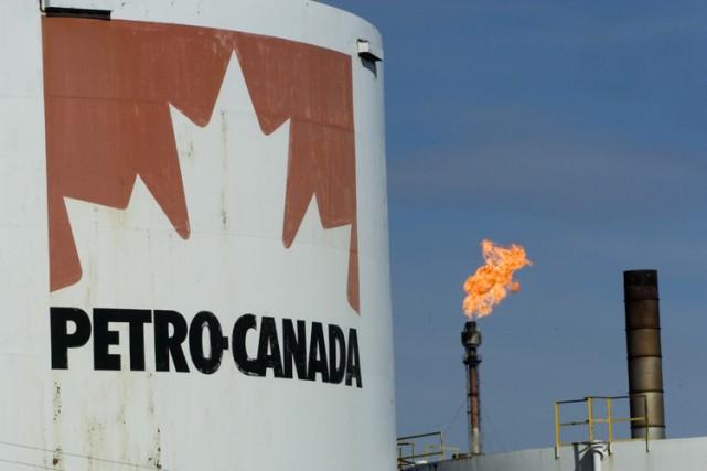 Petro-Canada (T.PCA) a annoncé mercredi la mise à pied... (Photo: Ivanoh Demers, La Presse)