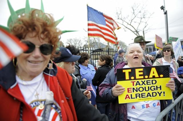 Les milliers d'Américains qui ont manifesté leur colère,... (Photo: AFP)
