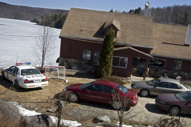 Des policiers ont perquisitionné la superbe résidence de... (Photo: Ivanoh Demers, La Presse)
