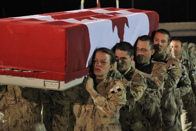 Karine Blais est décédée lorsqu'une bombe artisanale a... (Photo: PC)