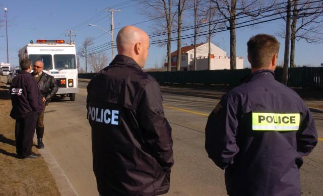 Les policiers tracent un impressionnant bilan de l'opération... (Photo: François Gervais)