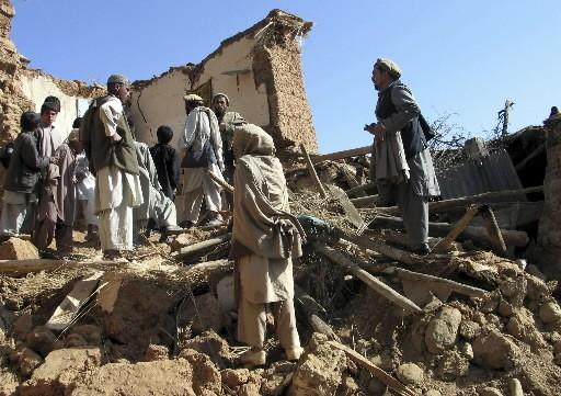 Les séismes ont frappé à deux heures d'intervalle... (Photo: Reuters)